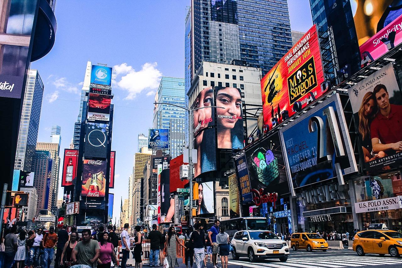 Смотреть В Нью-Йорке с Виктором Топаллером онлайн - eTVnet